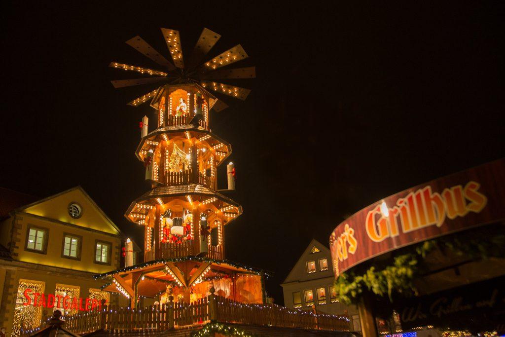 Pyramide auf dem Hamelner Weihnachtsmarkt